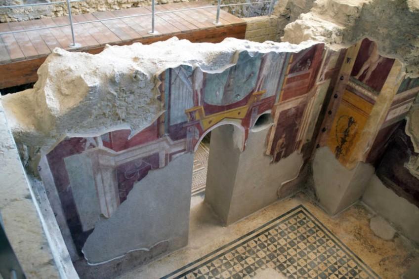 (Italiano) Pompei: boom di visitatori per la riapertura delle 6 nuove domus